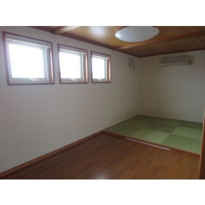 2F 一部和室の部屋
