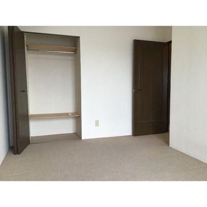 窓側から洋室7.3帖