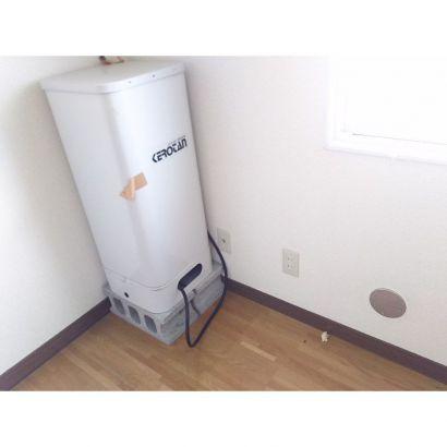 室内用灯油タンクです