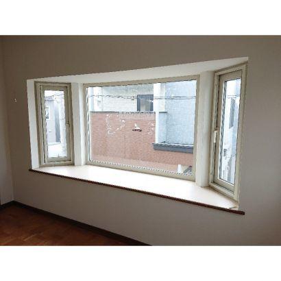 2階洋室 出窓