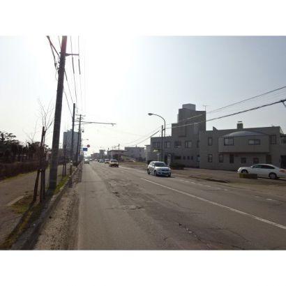 前面道路18.00m