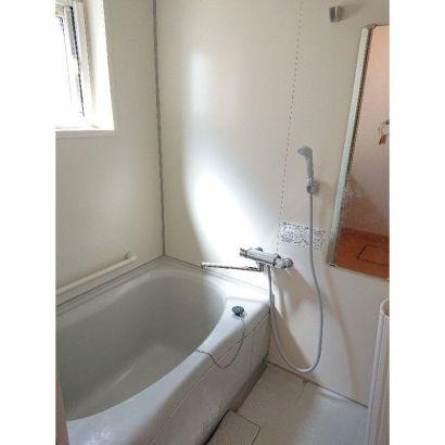 浴室、窓あります