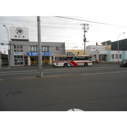 郵便局/バス停